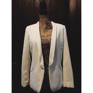 H&M white polyester blazer. Worn once!